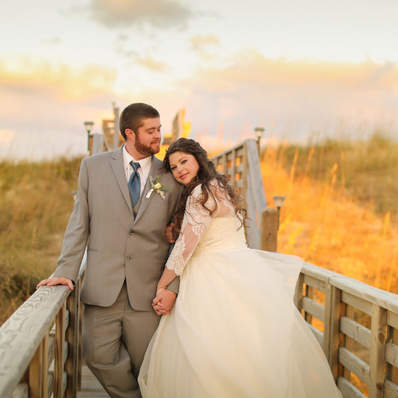 Bobbie & Steven's Pine Island Lodge Wedding | Corolla Wedding Planner
